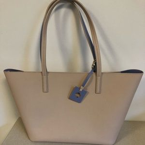 BRAND NEW NEVER BEEN USED medium size Kate Spade!